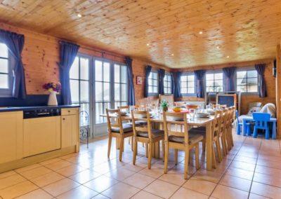 Salle à manger avec balcon