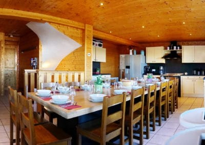 Table à manger - Chalet Hestia